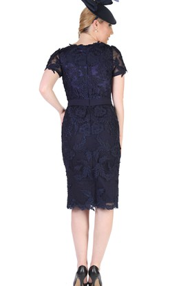 Pencil Knee-Length Scoop Neck Appliqued T-Shirt Sleeve Lace Mother Of The Bride Dress