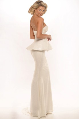 Sheath Sleeveless Peplum Floor-Length Sweetheart Sequins Prom Dress With Backless Style And Sweep Train