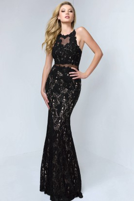 Sheath Long Jewel-Neck Sleeveless Lace Illusion Dress With Appliques