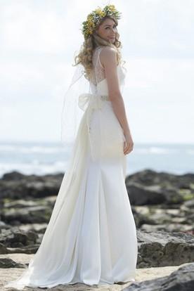 Long Bowed Chiffon Wedding Dress With Watteau Train And Backless
