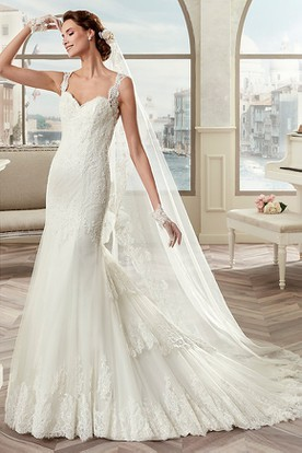 Square-Neck Sheath Mermaid Bridal Gown With Lace Straps And Brush Train