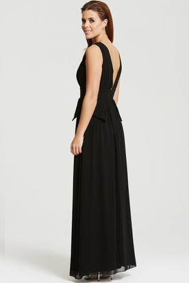 Beaded Sleeveless V-Neck Chiffon Bridesmaid Dress With Peplum