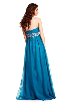 Sleeveless Sweetheart Criss-Cross Chiffon Prom Dress