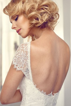 Long Square Cap-Sleeve Lace Chiffon Wedding Dress With V Back