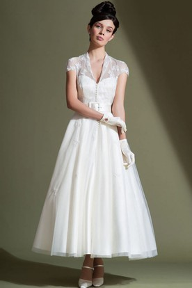 Ankle-Length A-Line V-Neck Cap Sleeve Appliqued Tulle Wedding Dress