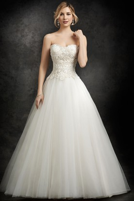 A-Line Sweetheart Tulle Wedding Dress