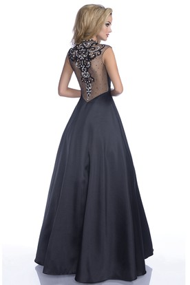 Sophisticated A-Line Cap Sleeve High Neck Tulle Prom Dress With Rhinestones Appliques