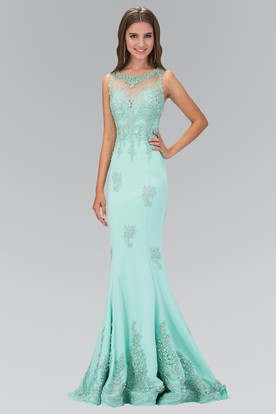 Sheath Scoop-Neck Sleeveless Jersey Dress With Beading And Appliques