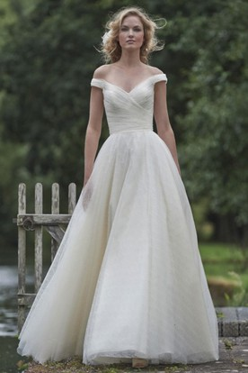 A-Line Long Off-The-Shoulder Tulle Wedding Dress With Criss Cross And V Back