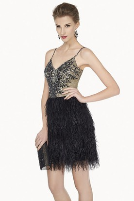 Sexy V Neck Mini Feather Prom Dress With Beaded Spaghetti Straps And Top