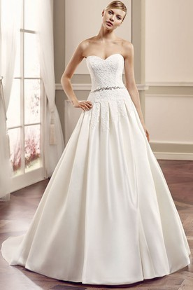 Sweetheart Long Lace Satin Wedding Dress With Court Train And V Back