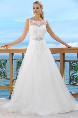 Floor-Length Bateau Jeweled Tulle Wedding Dress With Appliques