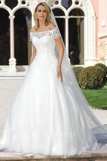 Ball gown short sleeve off the shoulder tulle wedding for Off the shoulder tulle wedding dress