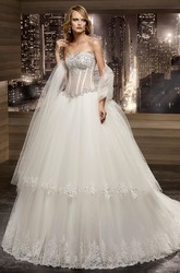 Sweetheart V-waist A-line Wedding Dress with Beaded Illusion Corset and Tier