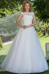 Ball Gown Scoop Neck Cap Sleeve Appliqued Tulle Wedding Dress