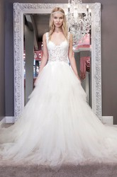 Ball-Gown Lace Long V-Neck Sleeveless Tulle Wedding Dress With Backless Style And Ruffles