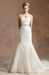 Sweetheart Trumpet Wedding Dress With Appliques And Beaded Waistline