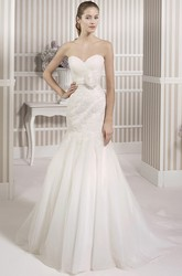 Trumpet Long Sweetheart Tulle Wedding Dress With Criss Cross And Appliques