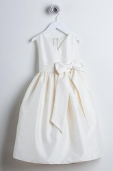 V-Neck Bowed Sleeveless Flower Girl Dress