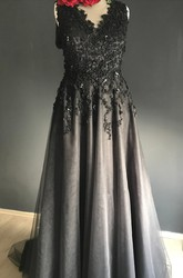 Sheath Sleeveless Floor-length V-neck Zipper Deep-V Back Appliques Lace Sequins Black Wedding Dress