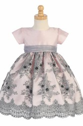 Tea-Length Embroideried Floral Tulle&Sequins Flower Girl Dress With Sash