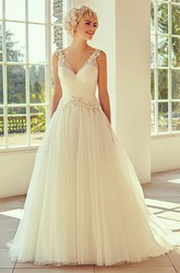 V-Neck Maxi Appliqued Cap-Sleeve Tulle Wedding Dress With Court Train And V Back
