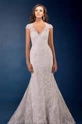 V-Neck Cap-Sleeved Mermaid Wedding Dress With Lace Appliques