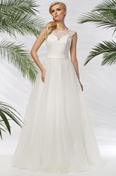 A-Line Floor-Length Sleeveless Scoop-Neck Appliqued Tulle&Satin Wedding Dress