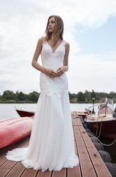 Graceful Lace And Tulle Cap Sleeve V Neck Wedding Dress