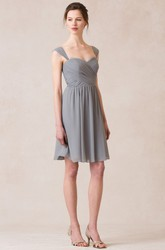 Short Strapped Sleeveless Chiffon Bridesmaid Dress With Criss Cross