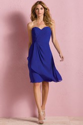 Sweetheart Knee-Length A-Line Layered Bridesmaid Dress With Ruches