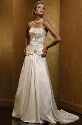 A-Line Sleeveless Beaded Floor-Length Strapless Satin Wedding Dress With Broach And Lace-Up Back