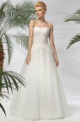 A-Line Sleeveless Floral Long Strapless Tulle Wedding Dress With Beading And Appliques