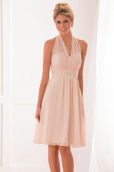 Halter V-Neck Knee-Length Bridesmaid Dress With Pleats