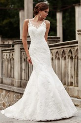 Trumpet Sleeveless V-Neck Appliqued Long Lace Wedding Dress