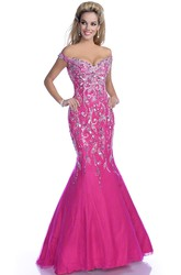 Mermaid Tulle Off-The-Shoulder V-Neck Sequined Prom Dress Featuring Low-V Back
