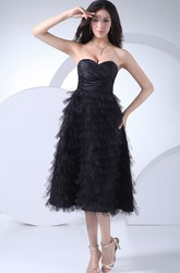 Sweetheart A-Line Tea-Length Tulle Formal Dress With Tiers and Ruching