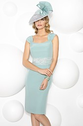 Short Queen Anne Lace Sleeveless Chiffon Mother Of The Bride Dress