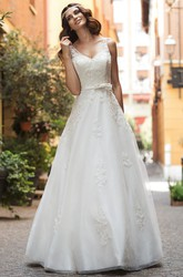 A-Line V-Neck Sleeveless Appliqued Long Lace&Satin Wedding Dress