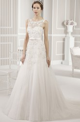 A-Line Floor-Length Sleeveless Scoop Floral Tulle Wedding Dress With Pleats
