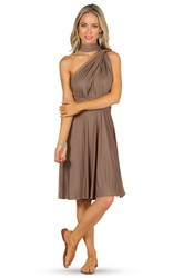 Knee-Length Ruched Sleeveless Halter Chiffon Convertible Bridesmaid Dress With Straps