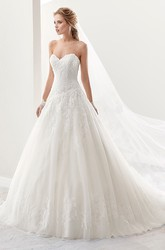 Classic Sweetheart A-Line Lace Gown With Brush Train