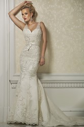 Sheath V-Neck Long Appliqued Sleeveless Lace Wedding Dress With Beading