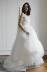 Deep V-back Romantic Plunging V-neck Sleeveless Bridal Ballgown With Lace Appliques And Tulle Skirt