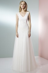 V-Neck Maxi Appliqued Tulle Wedding Dress With Court Train And V Back