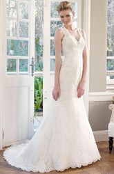 Sheath Appliqued V-Neck Sleeveless Long Lace Wedding Dress With Broach And Keyhole Back