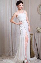 Sweetheart Front-Split Pleated Chiffon Wedding Dress With Single Strap