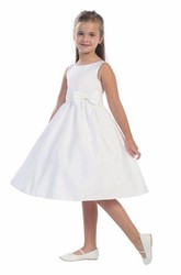 Knee-Length Bowed Tiered Sequins&Satin Flower Girl Dress With Ribbon