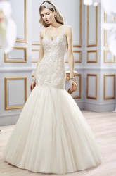 Mermaid Spaghetti Floor-Length Sleeveless Appliqued Lace&Tulle Wedding Dress With Chapel Train And Backless Style
