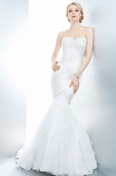 Trumpet Long Cascading-Ruffle Sweetheart Sleeveless Lace Wedding Dress With Appliques And Backless Style